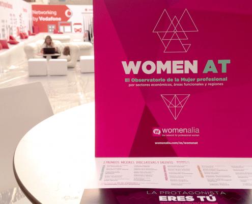 Creamos el tríptico del evento Inspiration Day encargado por la empresa Womenalia